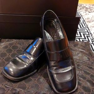 Classic Gucci Black Leather Loafers size 36.5